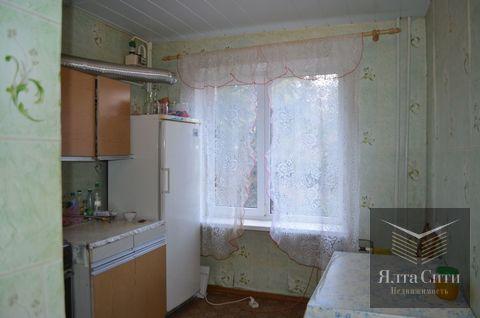Продам 2-комнатную квартиру в Партените, зеленый район, ул.Нагорная - Фото 1