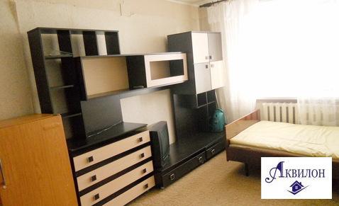 Продам гостинку в центре города., Купить комнату в квартире Омска недорого, ID объекта - 700723101 - Фото 1