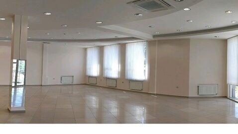 Светлое помещение 230 кв.м, 500 рублей/кв.м. Под медицинский центр. - Фото 1