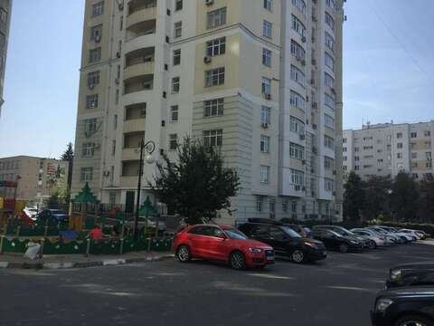Аренда квартиры, Белгород, Свято-Троицкий б-р. - Фото 1
