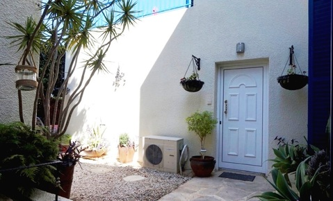 Отдельная трехкомнатная квартира с большим садом в районе Пафоса - Фото 4