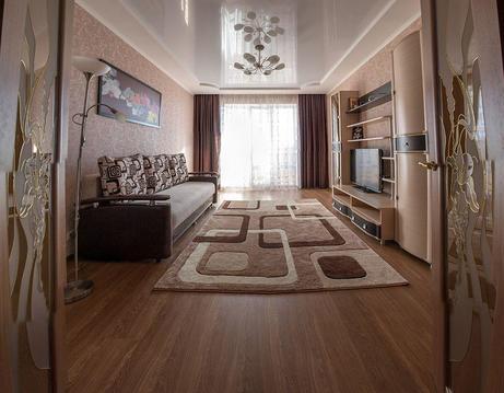 Сдаю 2 комнатную квартиру 80 кв.м.в новом доме по ул.65 лет Победы - Фото 1