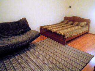 Аренда квартиры посуточно, Астрахань, Вокзальная пл. - Фото 1