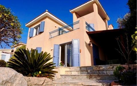 Прекрасный трехкомнатный Дом с видом на море в пригороде Пафоса - Фото 1