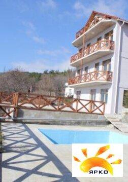 Дом с бассейном, в живописном районе с красивым видом на море и горы - Фото 1