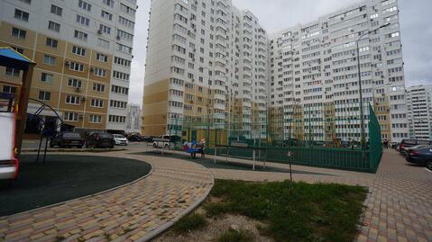 Купить квартиру в Новороссийске, новостройка с ремонтом в южном районе - Фото 1
