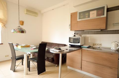 Просторная двух комнатная квартира на улице Удальцова - Фото 2