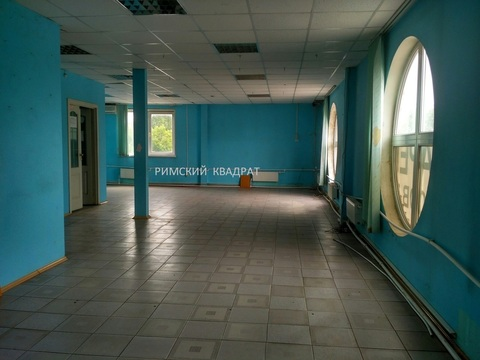 Сдам торгово-офисное помещение 180 кв.м. на 2 эт, по ул. Маяковского - Фото 1