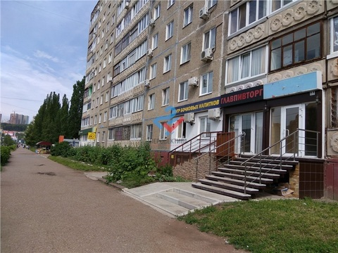 Торговое помещение по Ю.Гагарина 19 - Фото 1