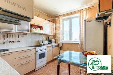 Предлагаем купить в жилом состоянии просторную двухкомнатную квартиру - Фото 1