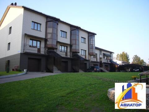 Продается 3 комнатная квартира в Выборге - Фото 1