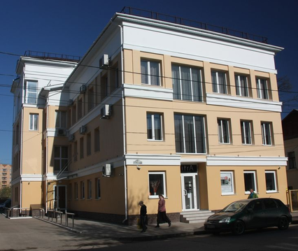 Продается торгово-офисное здание на ул. Воронина - Фото 1