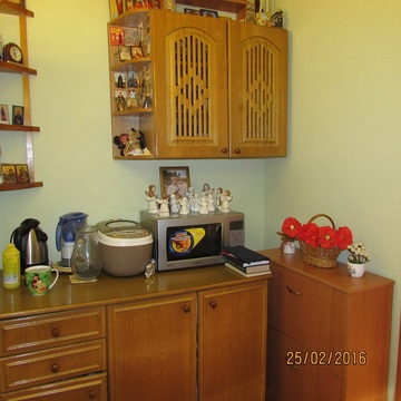 Комната 18м Острякова., Купить комнату в квартире Севастополя недорого, ID объекта - 700739640 - Фото 1