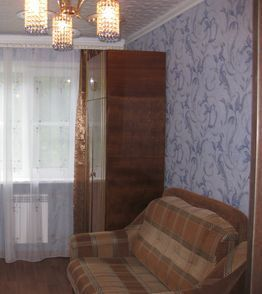 Аренда комнаты, Барнаул, Ул. Гущина - Фото 1