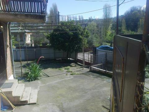 Абхазия. Сухум. 2-х этажный кирпичный дом в готическом стиле. 6 соток. - Фото 4