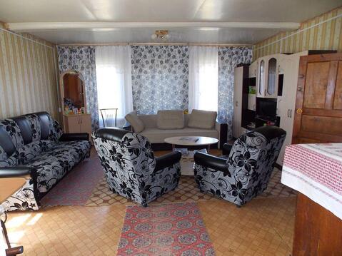 Ухоженный двухкомнатный бревенчатый дом в пос. Петровский - Фото 4