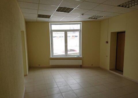 Нежилое помещение, с тремя отдельными входами, 1 этаж, 68 кв.м - Фото 3