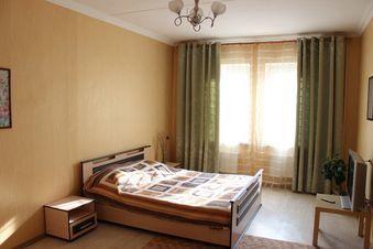 Аренда квартиры посуточно, Псков, Улица Шестака - Фото 1