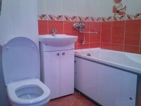 Продам двухкомнатную квартиру на Чекистов, Купить квартиру в Калининграде по недорогой цене, ID объекта - 322702639 - Фото 1