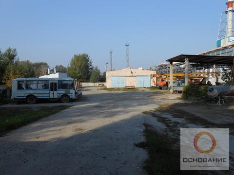 Здание ремонтных мастерских с земельным участком - Фото 1
