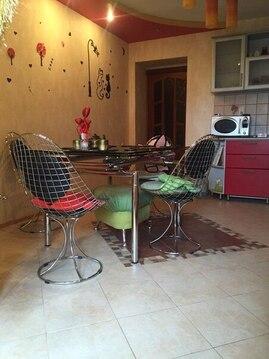 Двухкомнатная квартира с ремонтом в центре - Фото 1