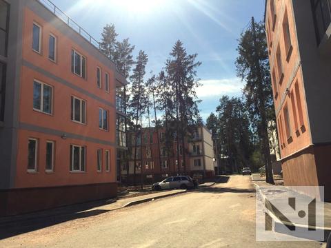 Продается 3-х к. квартира у озера Красавица (Зеленогорск) - Фото 1