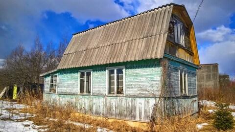 Бревенчатый жилой дом с баней на земле СНТ под Псковом - Фото 1