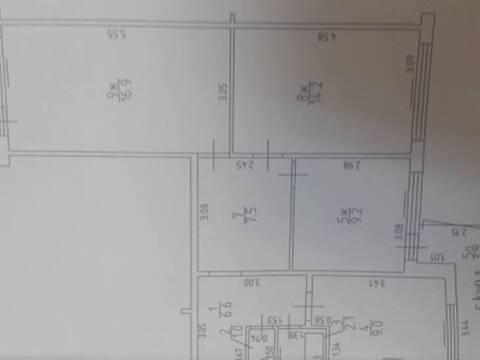 Продажа трехкомнатной квартиры на Ясной улице, 7 в Калининграде, Купить квартиру в Калининграде по недорогой цене, ID объекта - 319810473 - Фото 1