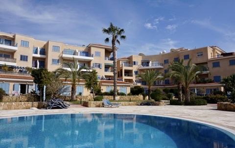 Замечательный 3-спальный Апартамент у моря и с видом на море в Пафосе - Фото 1
