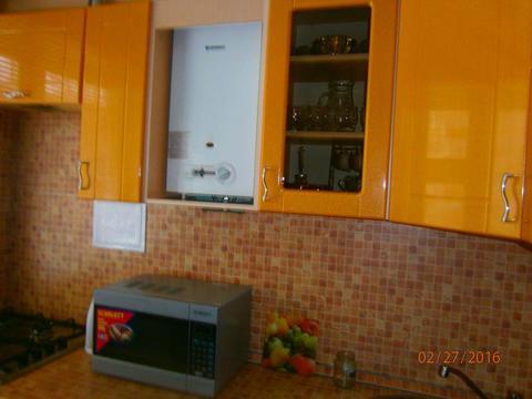 Продается 2-х комнатная квартира в Октябрьском, Купить квартиру в Бору по недорогой цене, ID объекта - 314267218 - Фото 1