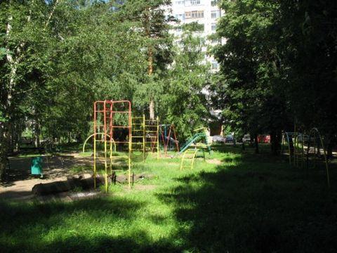 Cдаю 2-ух комн. квартиру на ул. Серова, д.14 - Фото 1