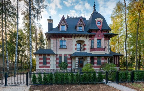 Коттедж в изысканном стиле Франции, Продажа домов и коттеджей в Жаворонках, ID объекта - 502062173 - Фото 1