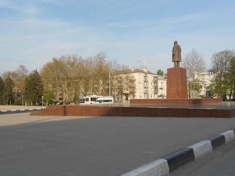 Трехкомнатная Сталинка в Деловом Центре Новороссийска. - Фото 2