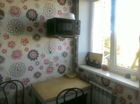 Сдается в аренду квартира г Севастополь, ул Коммунистическая, д 15 - Фото 3
