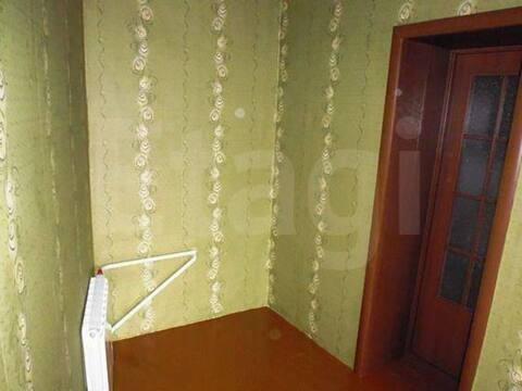 Продажа трехкомнатной квартиры на улице Климасенко, 25 в Новокузнецке, Купить квартиру в Новокузнецке по недорогой цене, ID объекта - 319828447 - Фото 1