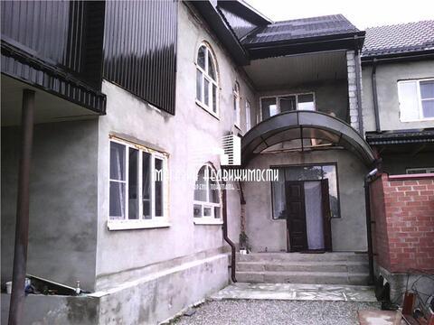 Продается дом 180 кв.м на участке 3 сотки по ул.Чегемская на Стрелке. . - Фото 1