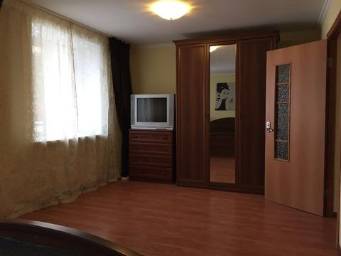 Квартира, ул. Маршала Жукова, д.10 - Фото 2