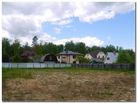 Прекрасный участок для строительства вашего дома в лесном массиве ! - Фото 1