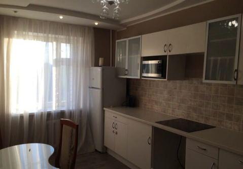 Продажа двухкомнатной квартиры Адоратского 43 рядом с метро - Фото 1