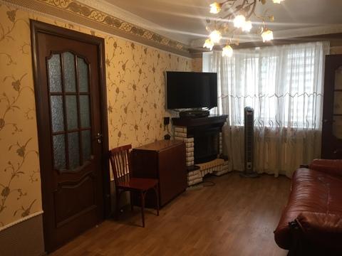 Продам двухкомнатную с ремонтом и мебелью - Фото 1