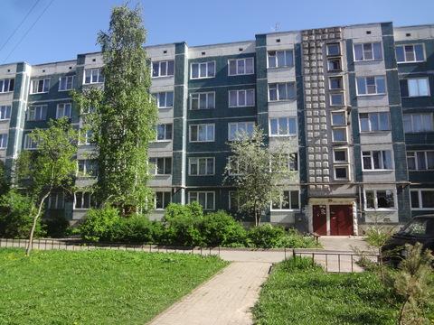 Продам 1 комнатную квартиру уп в Гатчине - Фото 1