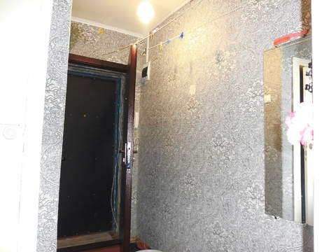 Продам 2-к квартиру (окна на разные стороны дома) - Фото 5