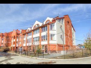 Аренда дома посуточно, Екатеринбург, м. Чкаловская, Ул. Расковой - Фото 1