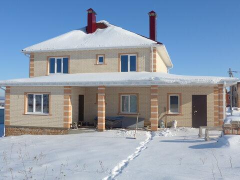 Двухэтажный дом с гаражом, без посредников, п. Северный - Фото 4