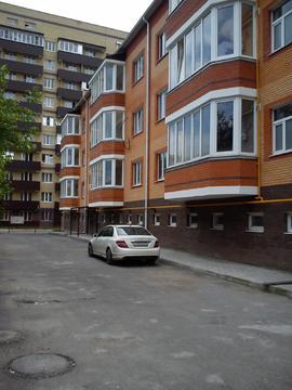 1-но комнатная квартира в новом элитном кирпичном доме, ул.Кочубея - Фото 1