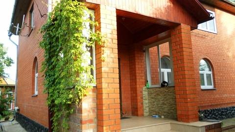 Продаётся отличный коттедж 240 кв.м. в п. Правдинский - Фото 2