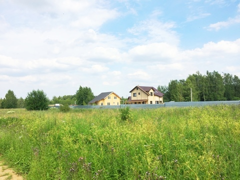 Продается 30 соток в д. Сурмино, 39 км от МКАД по Дмитровскому шоссе. - Фото 1