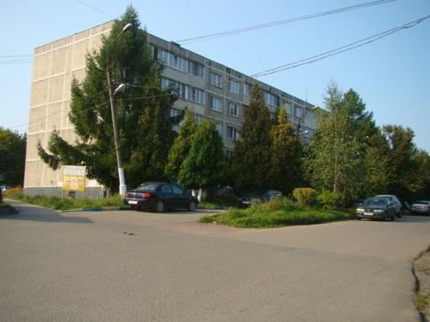 Продается квартира в центре Михнево