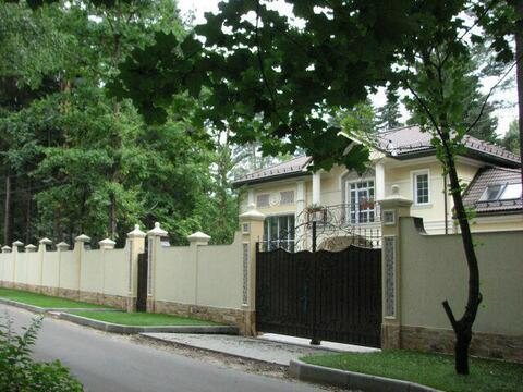 Коттедж 384 кв.м.на уч. 15 с. с лесными деревьями. ж\д ст Челюскинская - Фото 2