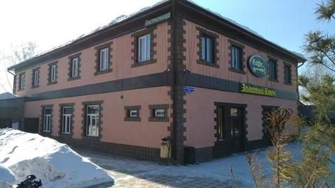 Здание с кафе и гостиницей - Фото 1